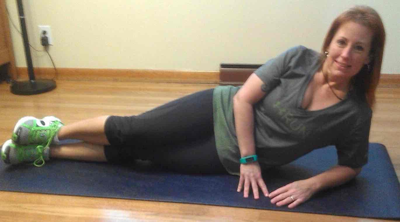 Jill side plank begin